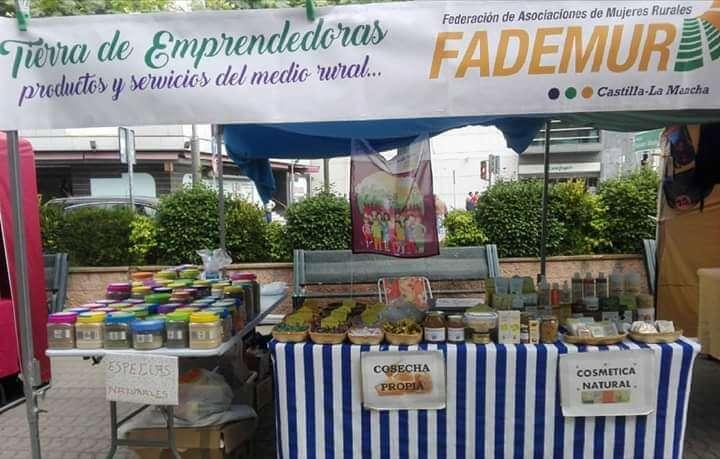 puesto_de_mas_que_abejas_en_fademur